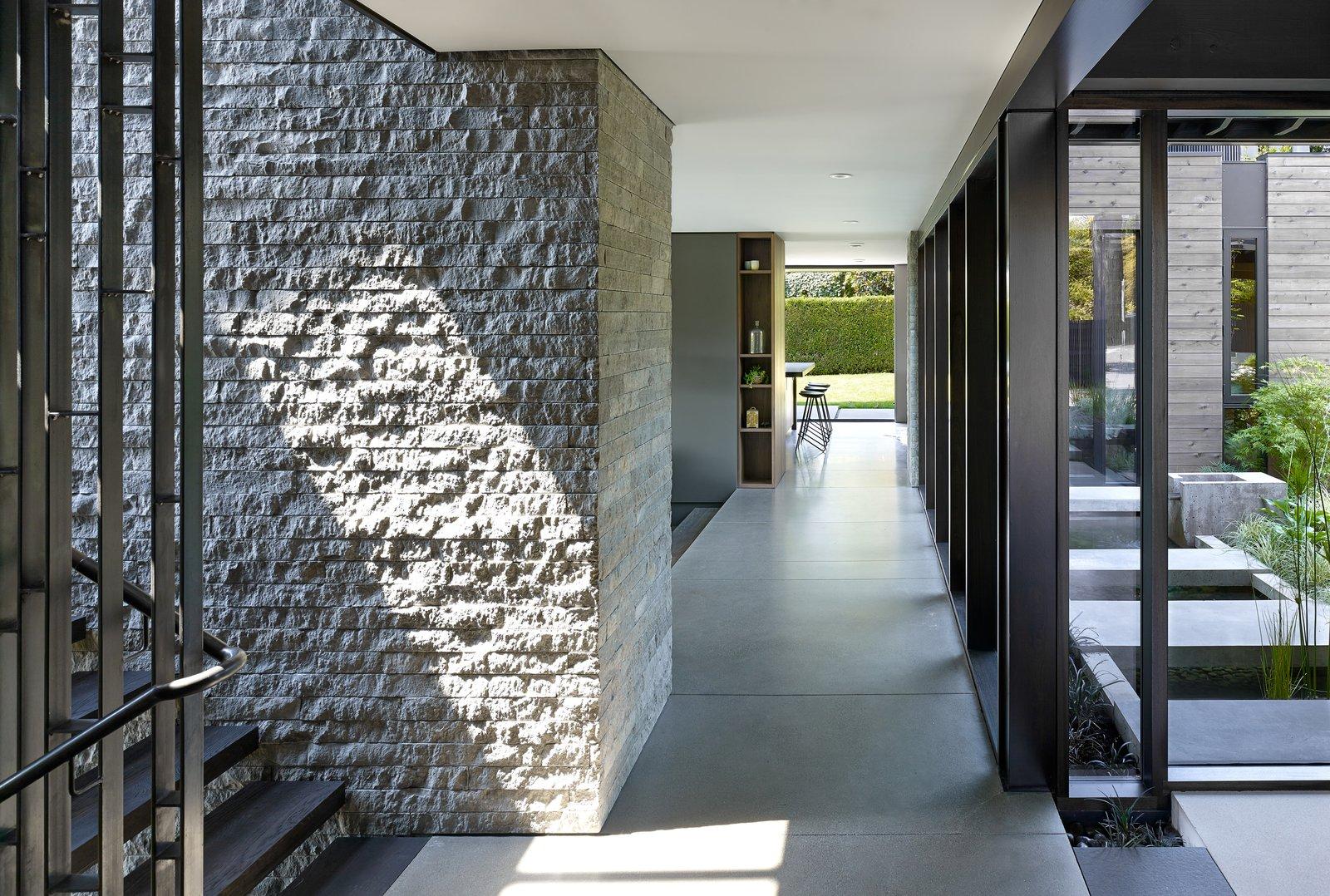 Hallway Laurelhurst Residence  Laurelhurst Residence by mw works