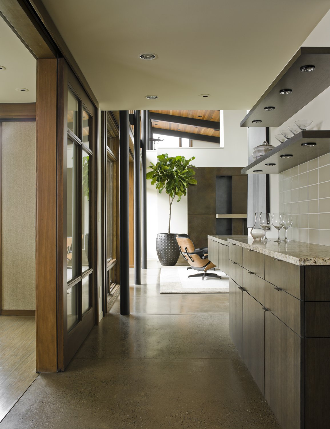 Hallway and Concrete Floor Mountain View Residence  Mountain View Residence by SkB Architects