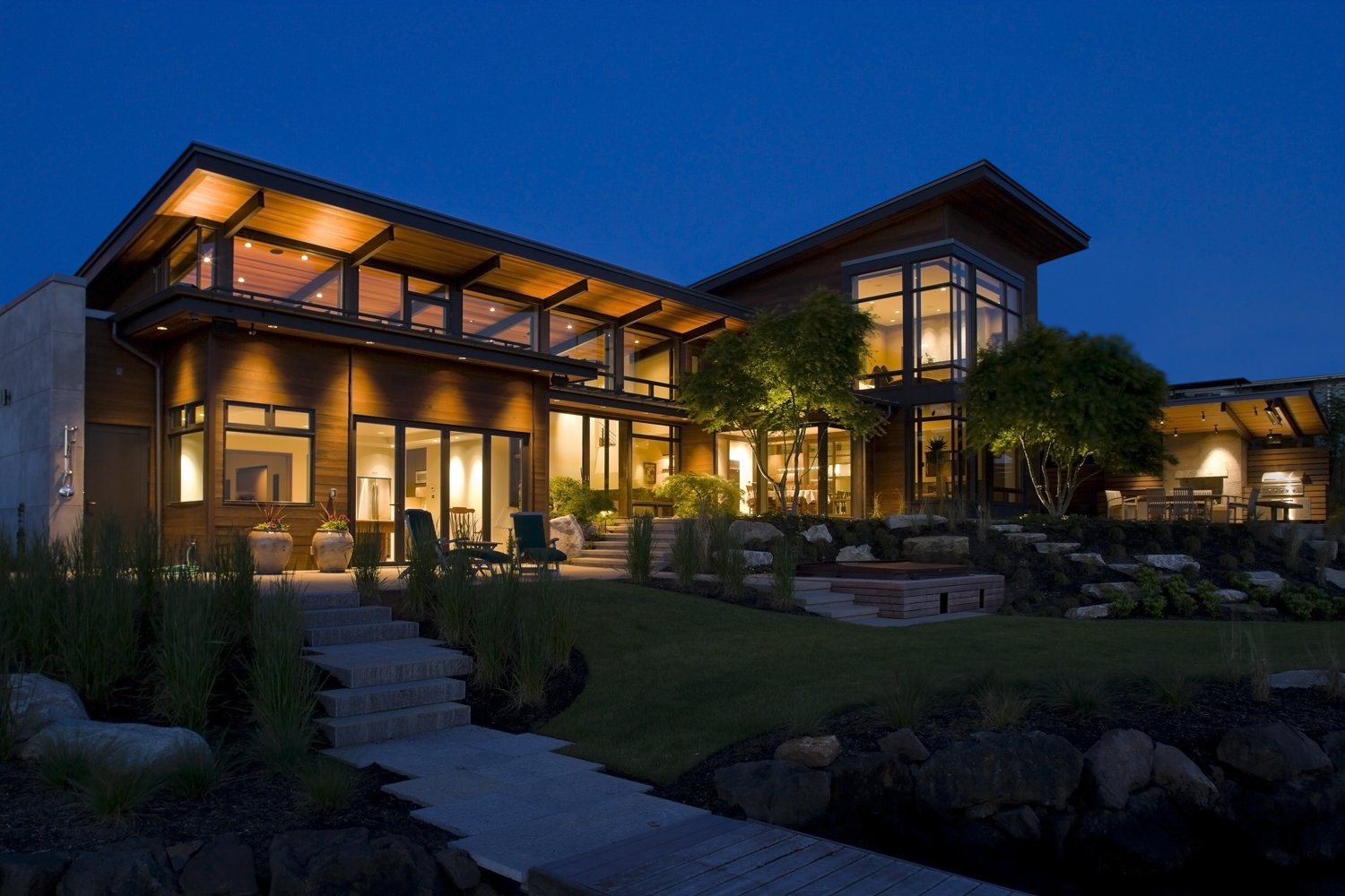 Outdoor, Back Yard, and Grass Mountain View Residence  Mountain View Residence by SkB Architects
