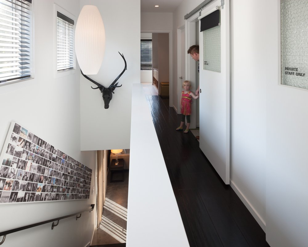 Hallway The ToDD Residence  The ToDD Residence by SkB Architects