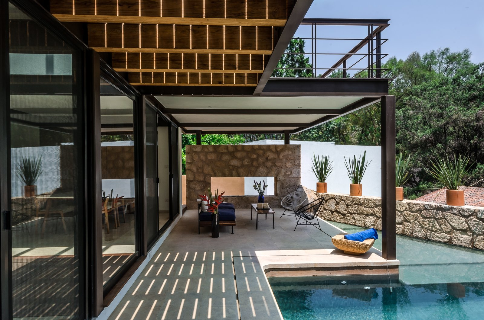 Outdoor, Trees, Small Pools, Tubs, Shower, and Back Yard Terrace and swimming pool  CQ12 by tescala