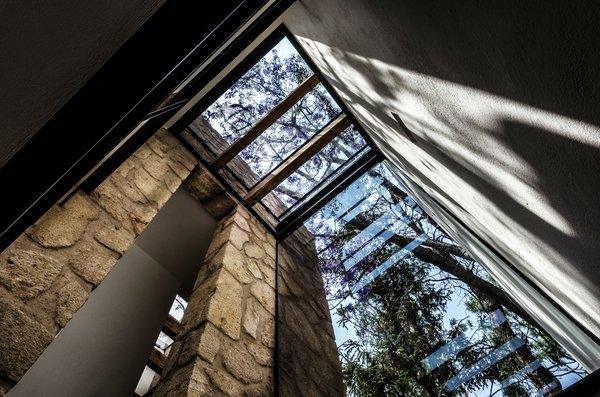 Stone Tread, Windows, Picture Window Type, and Metal Main access   CQ12 by tescala