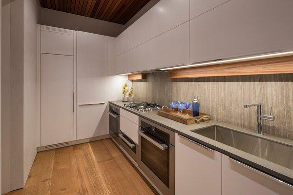 Butler's pantry prep kitchen