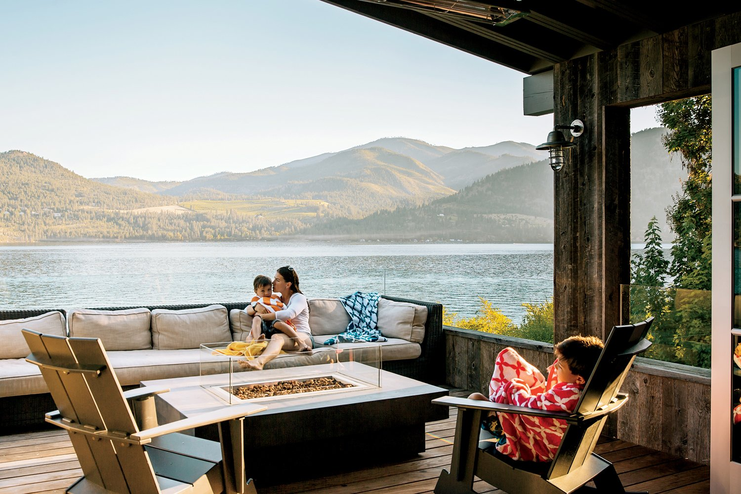Outdoor, Wood Patio, Porch, Deck, and Small Patio, Porch, Deck Lake Chelan  Lake Chelan by Hoedemaker Pfeiffer
