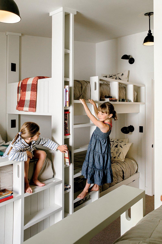 Kids Room, Bedroom Room Type, Pre-Teen Age, Bed, Toddler Age, and Neutral Gender Lake Chelan  Lake Chelan by Hoedemaker Pfeiffer