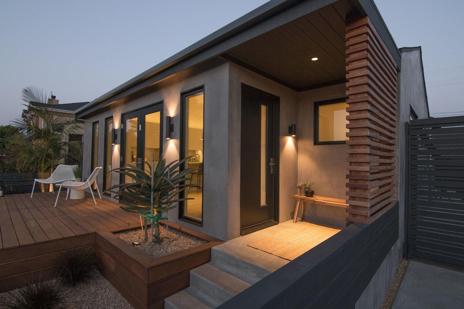 Picture Window Type, Metal, Front Yard, Garden, Shrubs, Walkways, Wood
