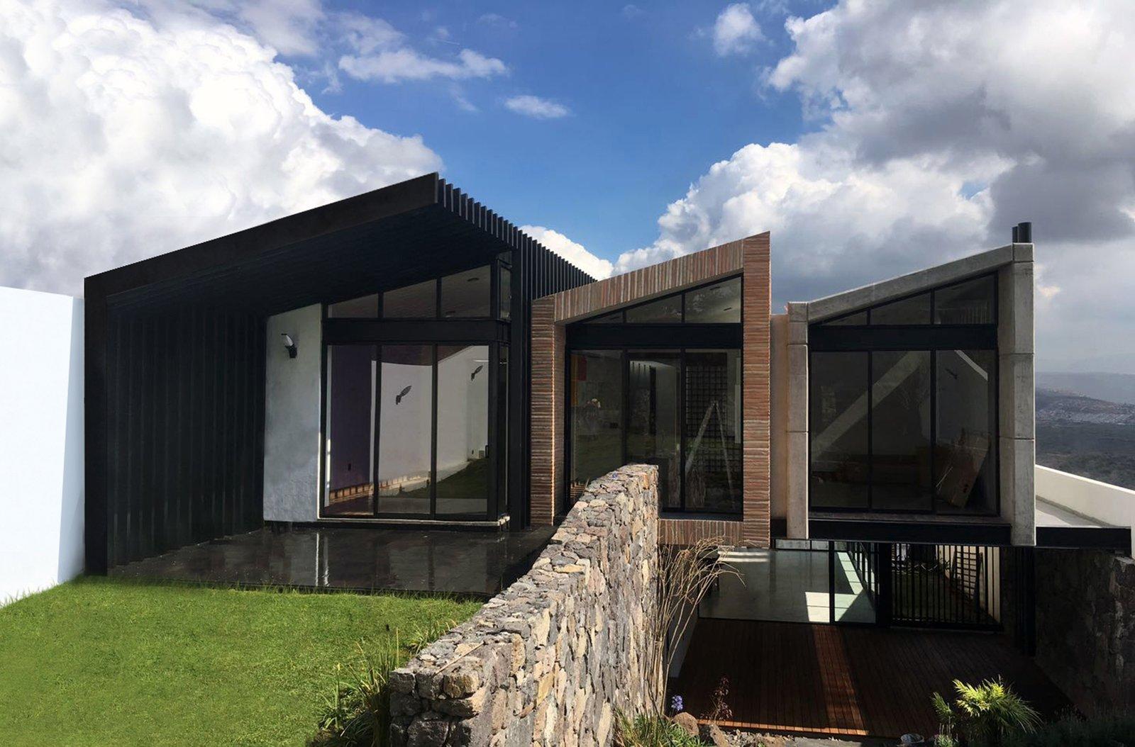 Outdoor, Grass, Gardens, and Garden Posterior / West Facade  Casa AB by e arquitectos