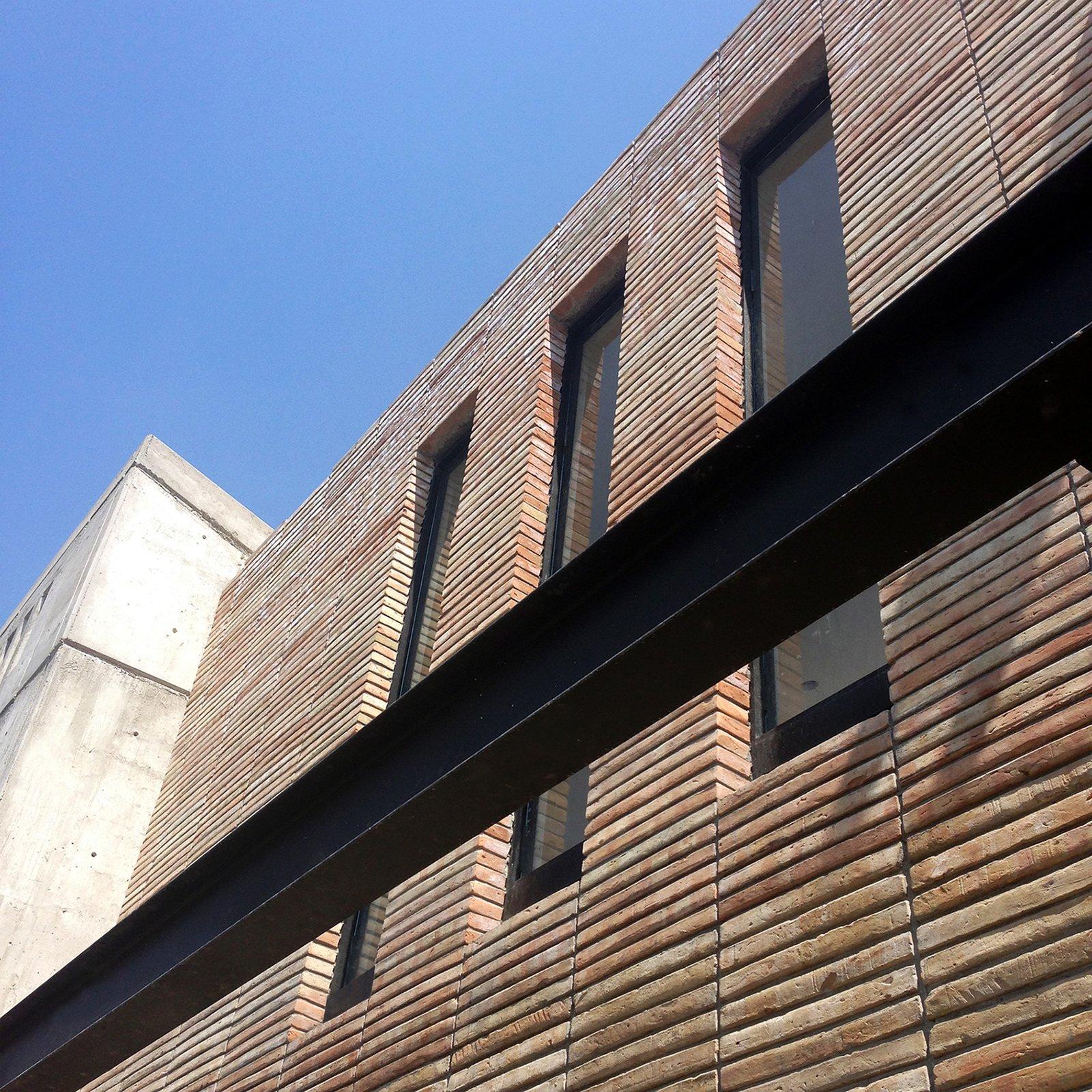 Outdoor Detail - South Facade  Casa AB by e|arquitectos