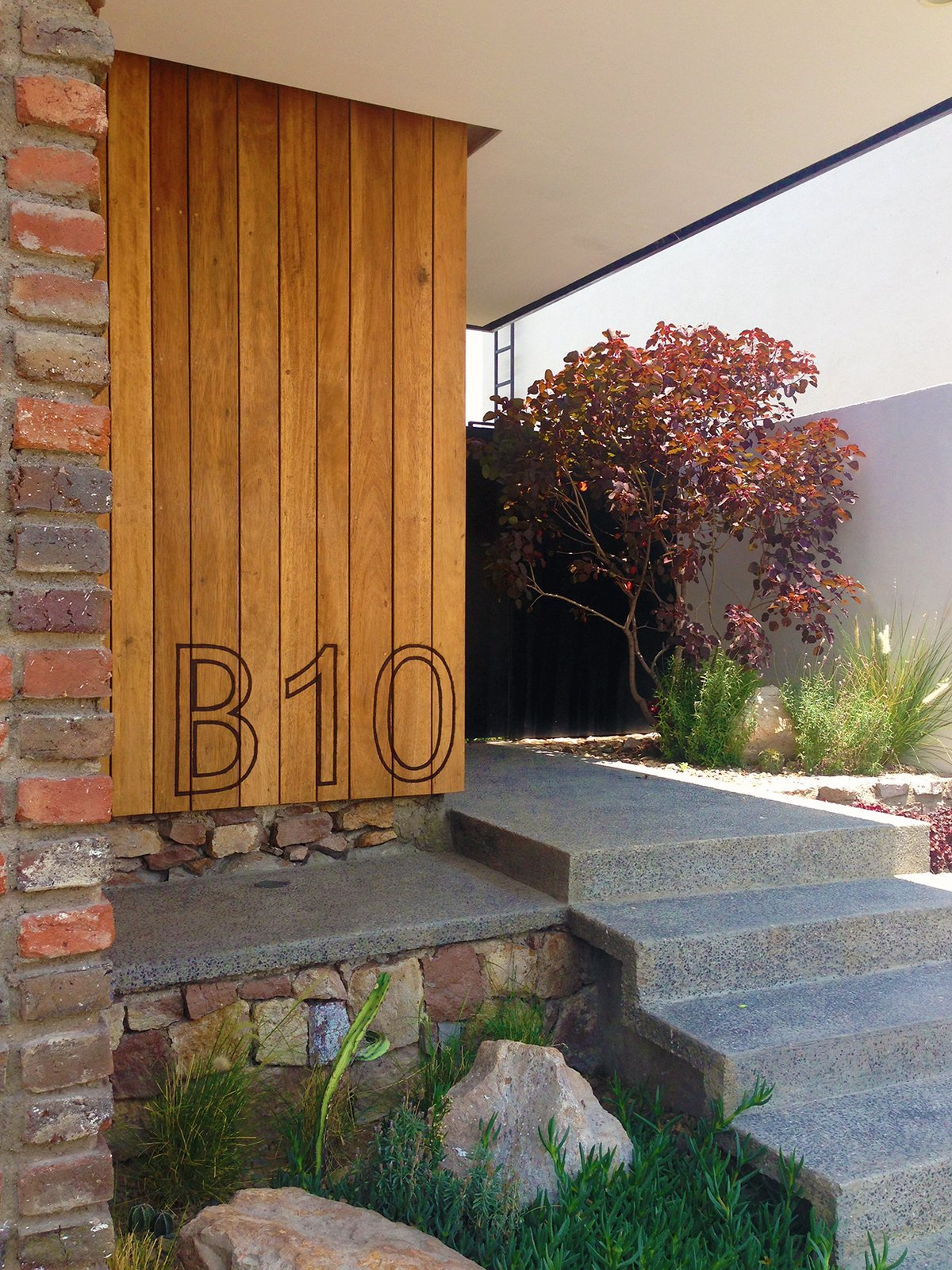 Outdoor, Hardscapes, Grass, Gardens, Flowers, Garden, and Front Yard Front Yard - Hardscape  Casa MA by e|arquitectos
