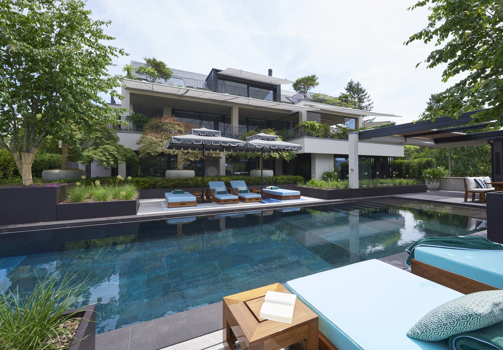 Outdoor, Gardens, Flowers, Garden, Grass, Swimming, Infinity, Trees, Stone, and Landscape Pool, garden  Best Outdoor Stone Infinity Photos from Rock'n Roll