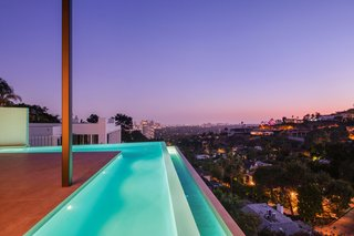 Luxury Homebuyers Looking to Dive Into the New Year Can Jump Headfirst in to One of These Amazing Mega Pools