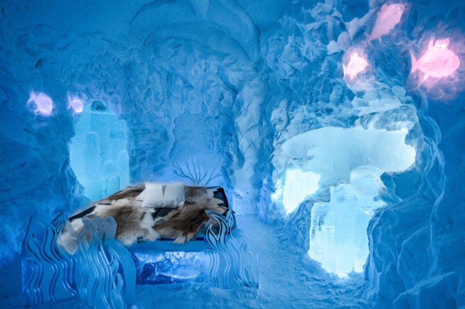 Icehotel Sweden living ocean ice suite