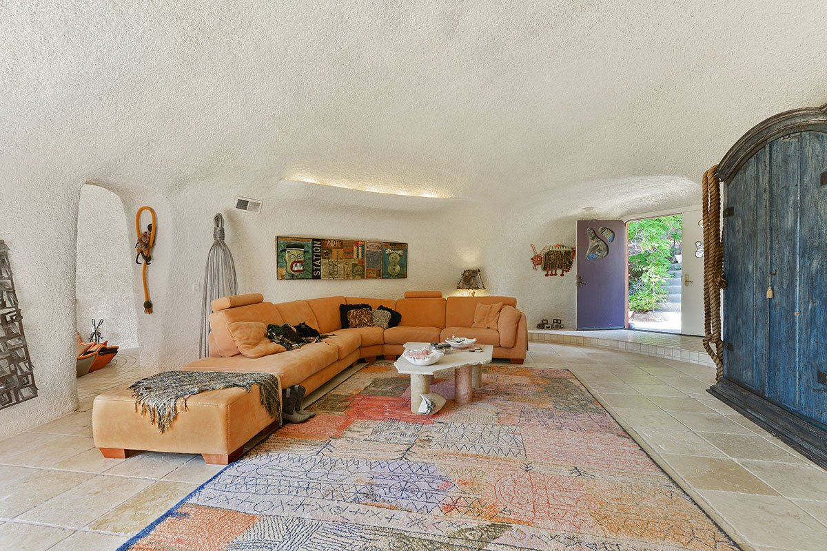 Flintstone House living room