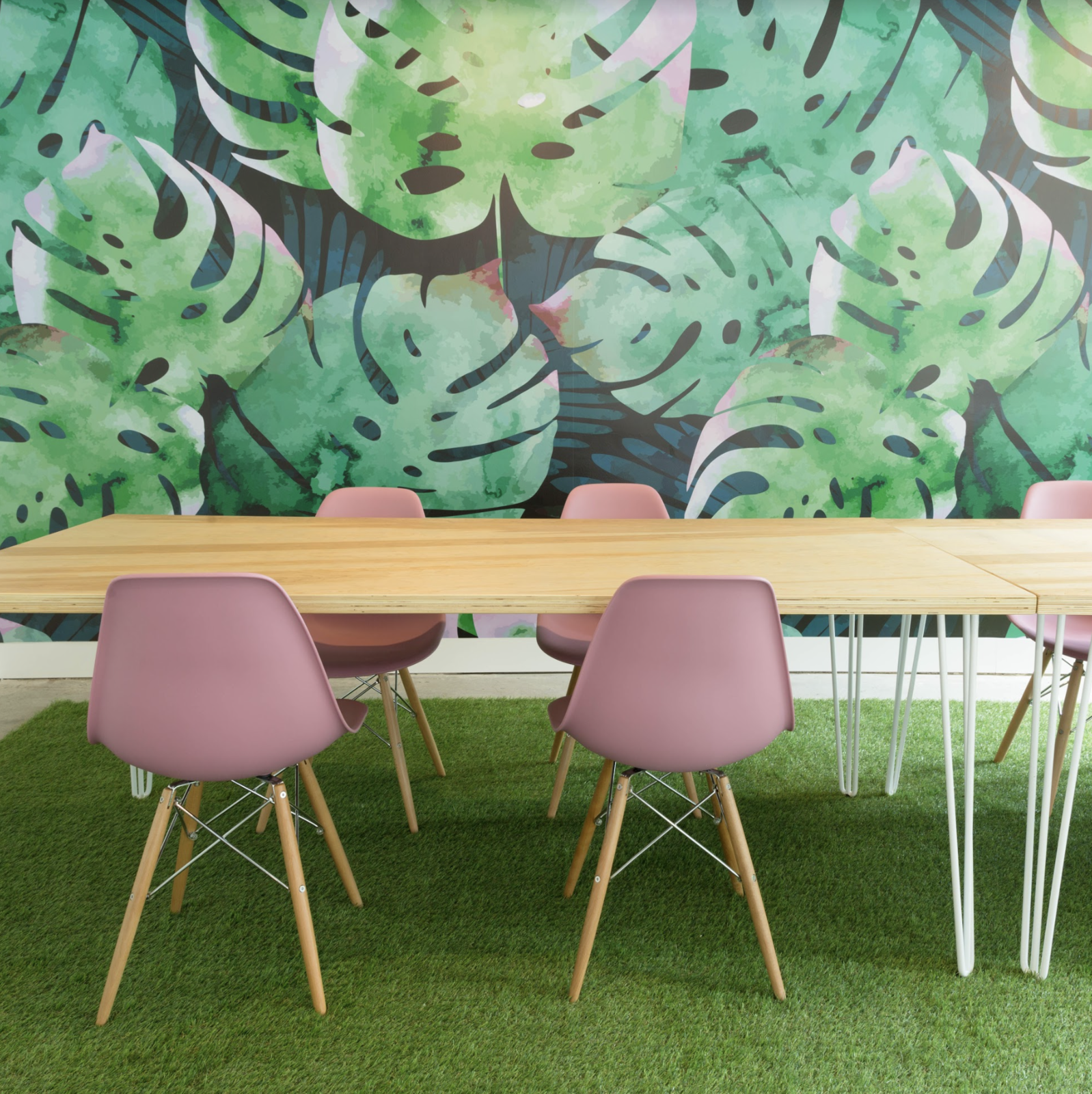 Office, Chair, Light Hardwood Floor, Desk, and Rug Floor Bold murals give Toronto's female co-working club, Make Lemonade, energizing pops of color throughout the space.    Photo 7 of 17 in 6 Co-Working Clubs Catered to Women That Radiate Good Vibes and Beautiful Designs