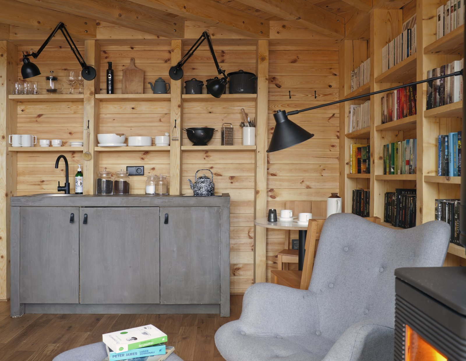 Bookworm Cabin kitchen