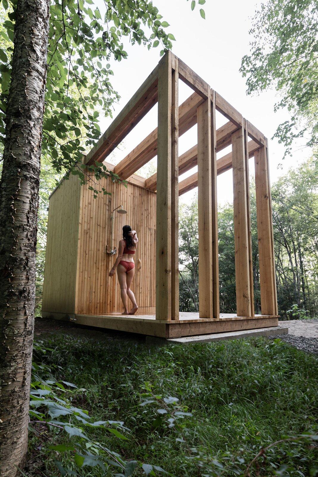 Hinterhouse sauna deck