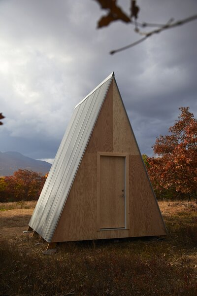 The 115-square-foot structure is flat-packed.