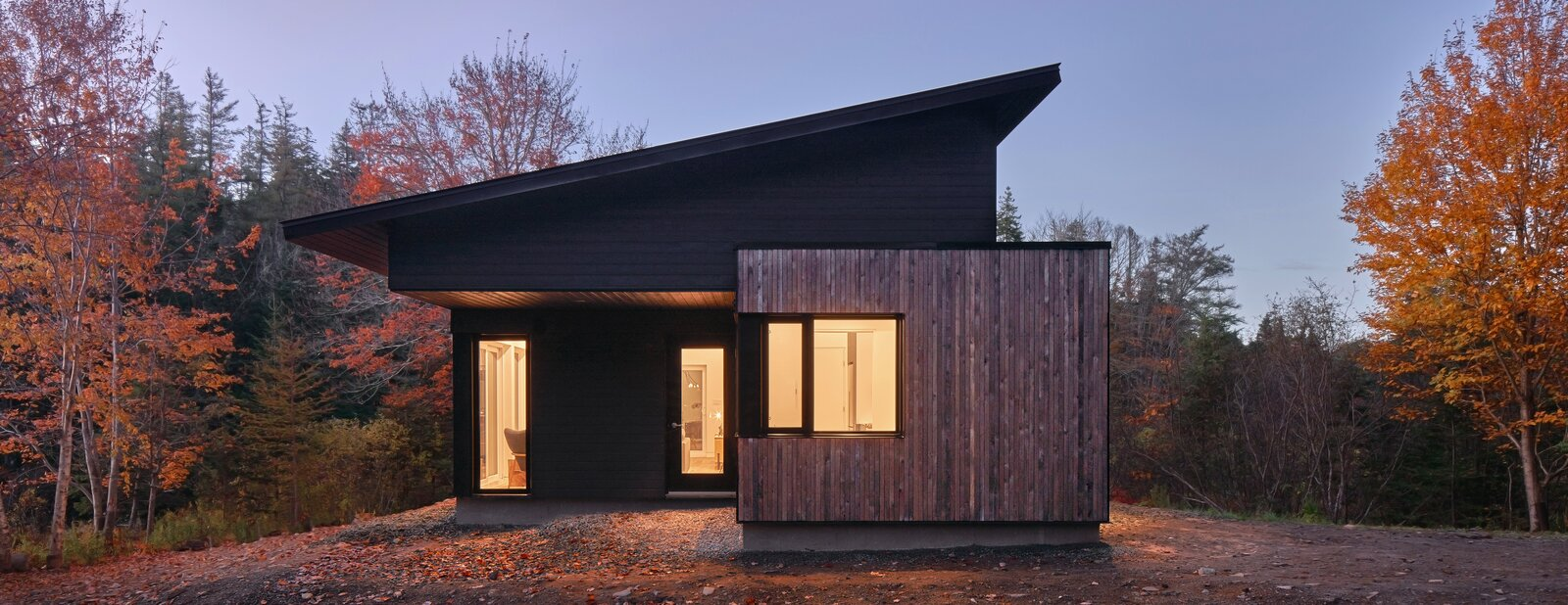 Peter Braithwaite Studio crafted this peaceful retreat for a couple in Seabright, Nova Scotia.