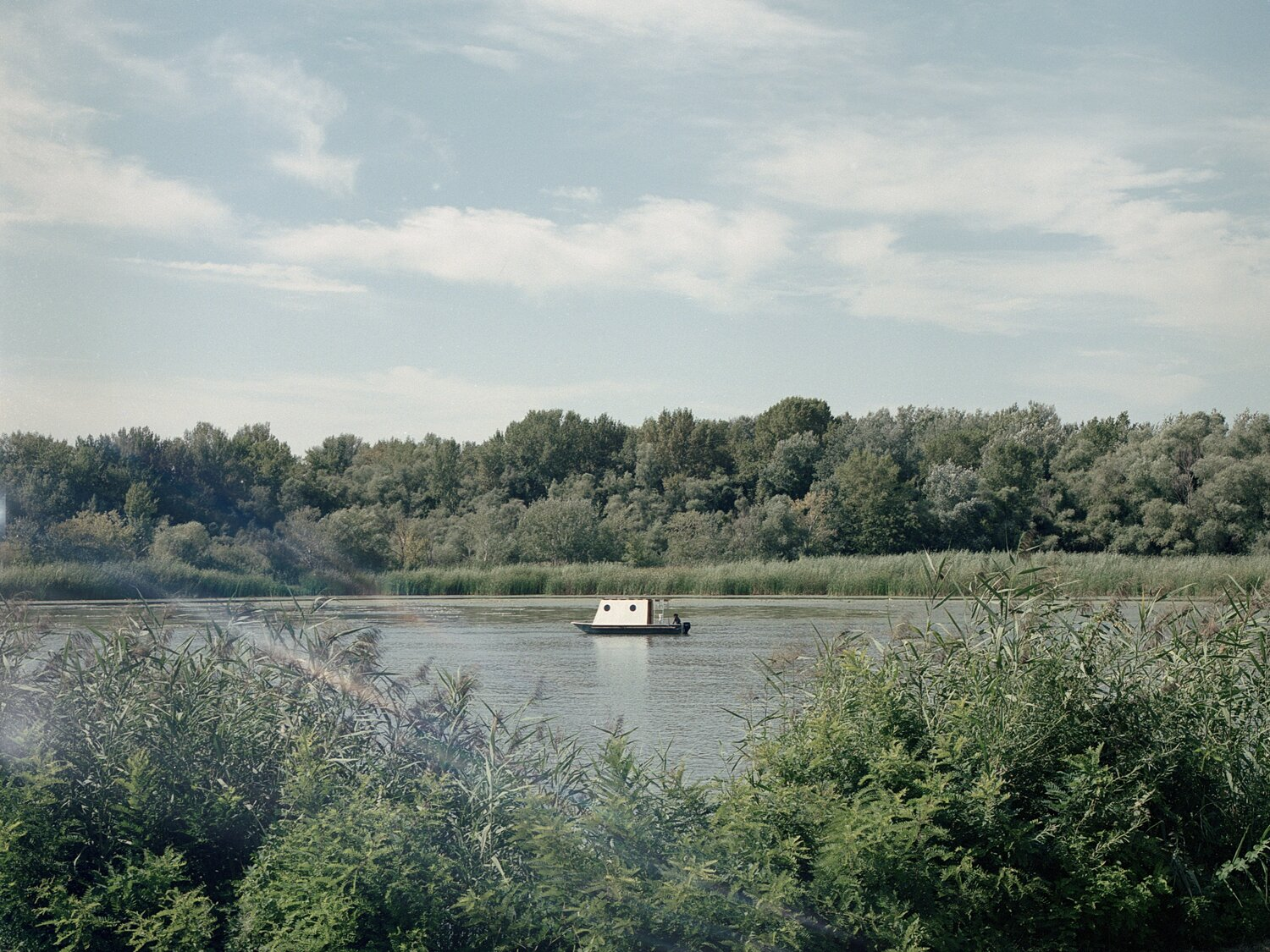 Exterior of Sneci Houseboat on Lake Tisza