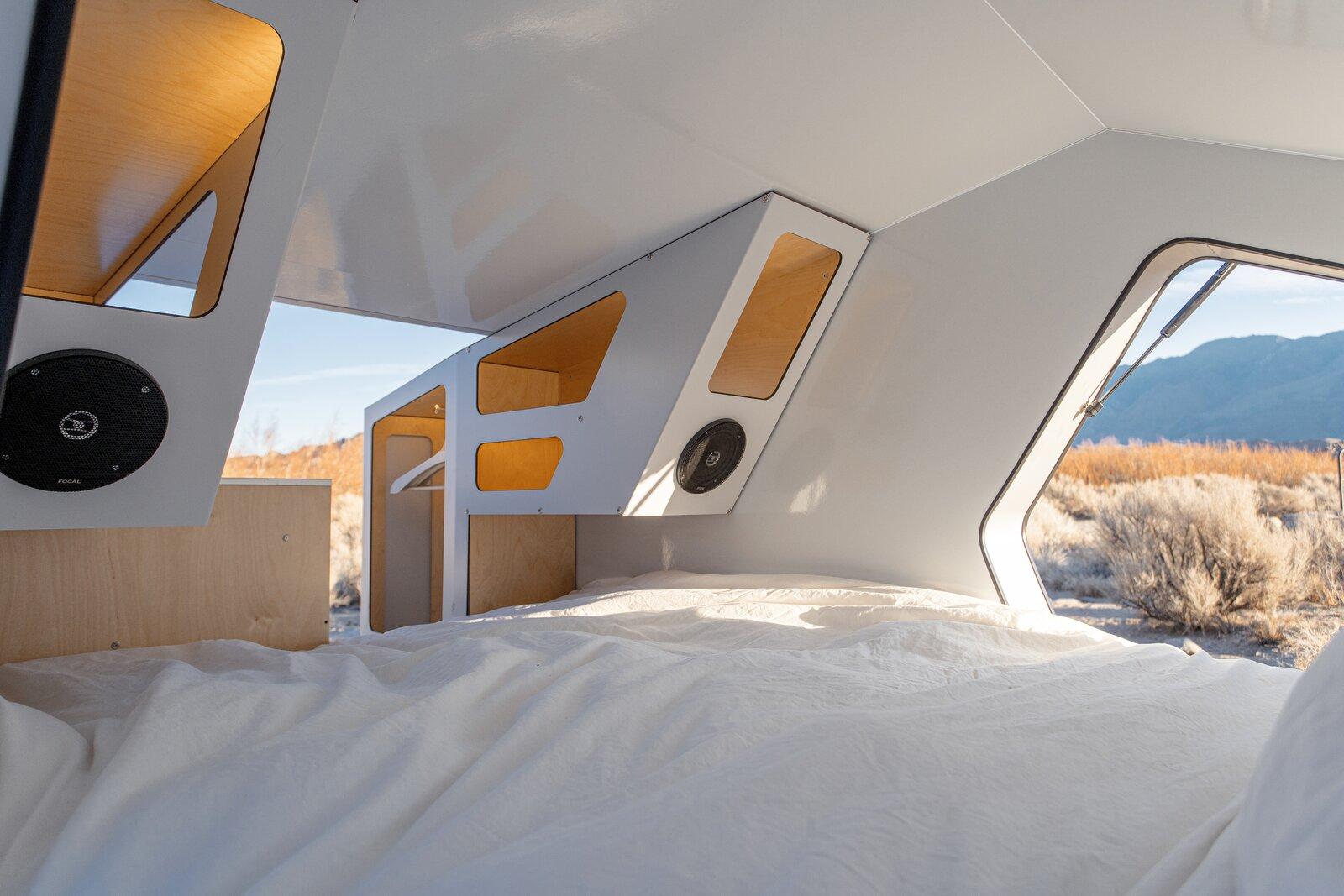 Polydrops P17A Trailer bedroom
