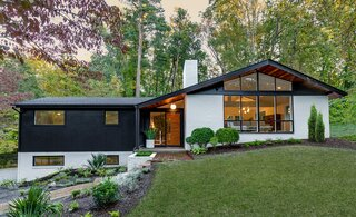 Before & After: A Thoughtful Renovation Revives a 1957 Alan McCullough Home in Richmond