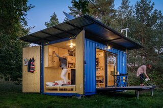 The outdoor terrace folds up, and the roof can be detached so that the container home can be easily relocated.