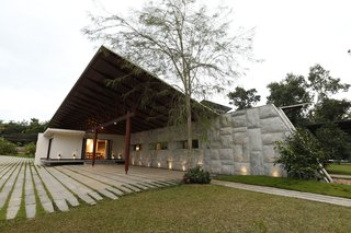 The Flying House Modern Home In Kolenchery Kerala India By Fahed On Dwell