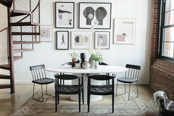 Best 4 Modern Dining Room Rug Floors Design Photos And Ideas Dwell - Dining-room-rug-design