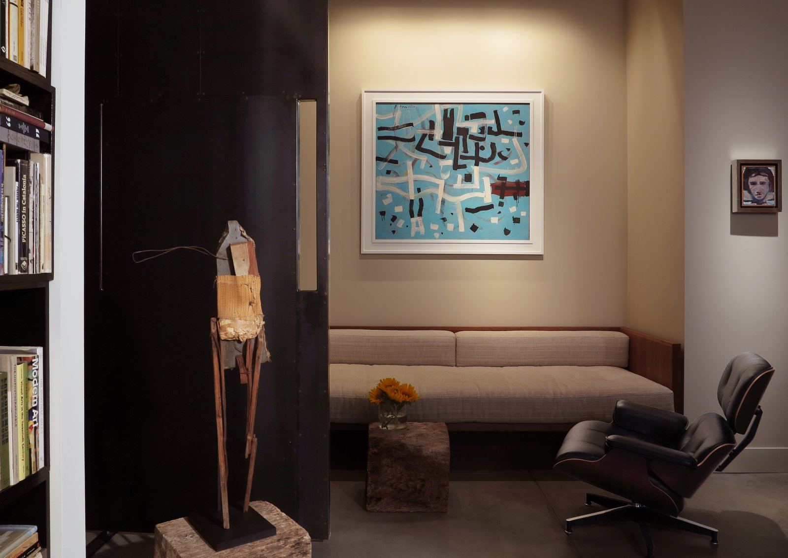 """My House: Gallery Owner Francis Mill's San Francisco Loft Is a Poetic """"Place For Looking"""""""