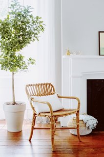 """""""I definitely like to mix modern with traditional and am also a sucker for some rattan or caning to add a dose of a coastal feeling,"""" says Amanda."""