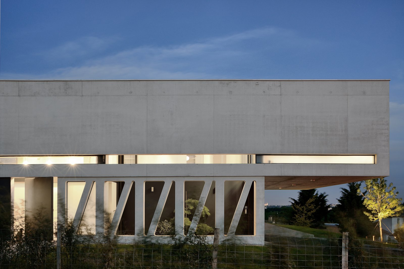 Photo 10 of 10 in Chipster Blister House by AUM Pierre Minassian - Dwell