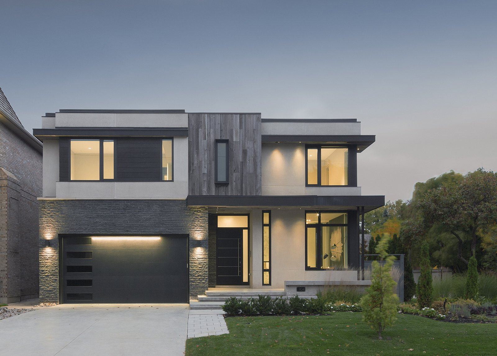 Exterior and House Building Type Front Facade   IN House