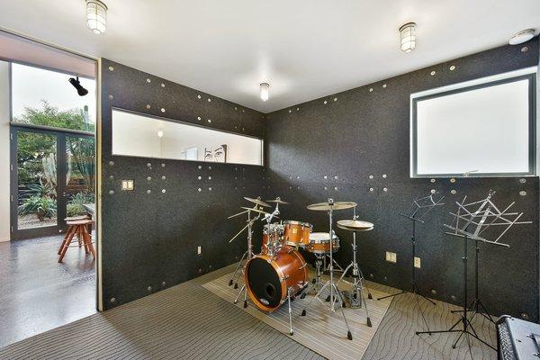 Level 1 music studio