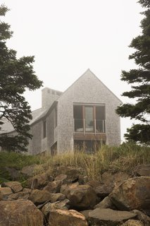 Deep Cove House