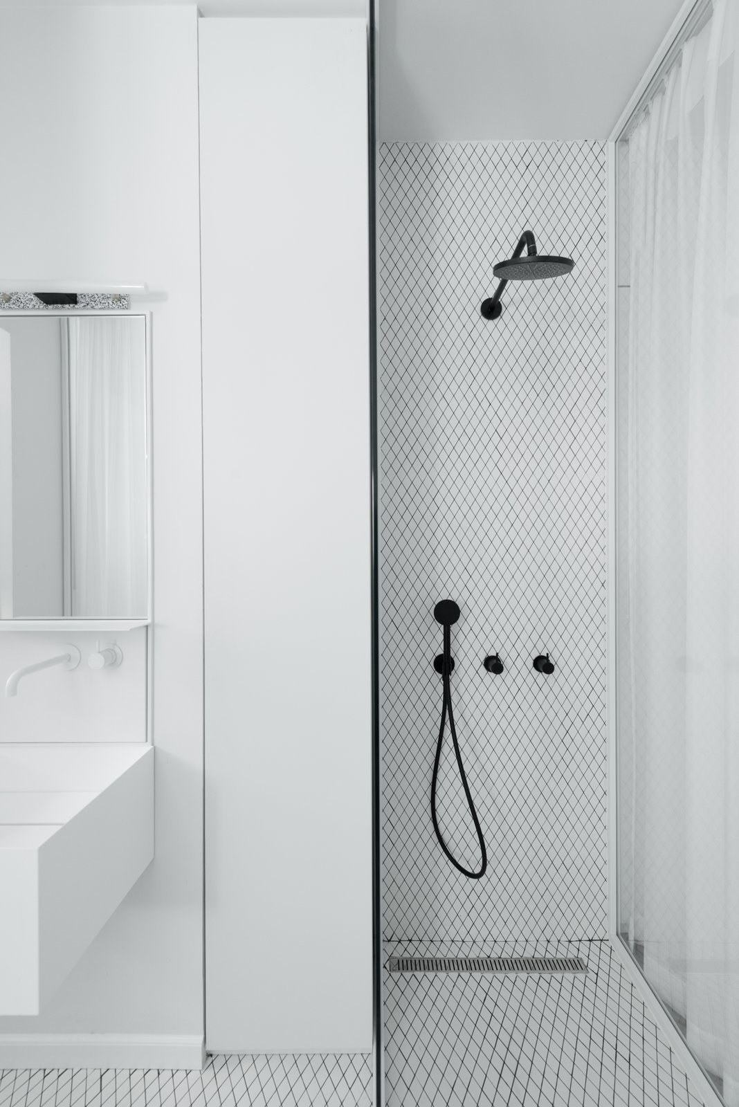En-suit classic-European espired bathroom  Colorfull in the white city by Lital Ophir I Interior Design