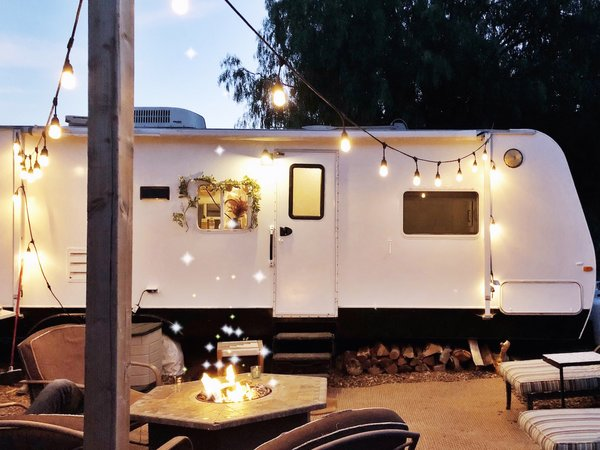 A Couple Spend $3K to Turn an Old RV Into a Cozy Home For Five