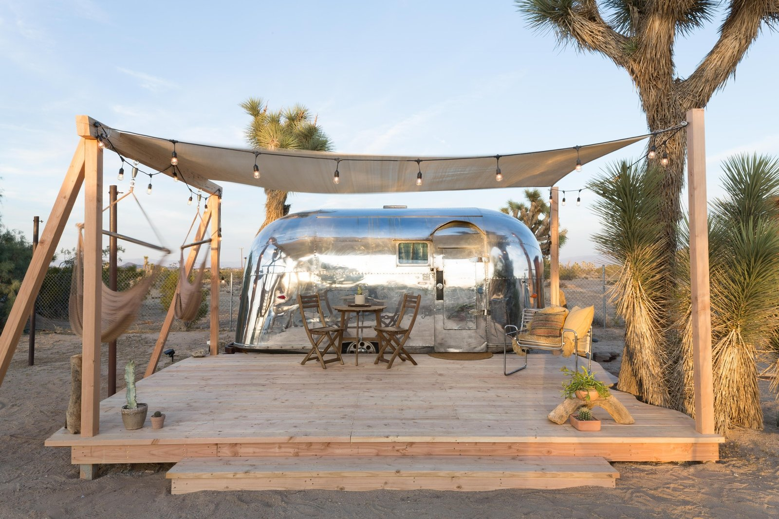 Excellent Joshua Tree Is Now Home To A Chic Airstream Oasisfeaturing Bralicious Painted Fabric Chair Ideas Braliciousco