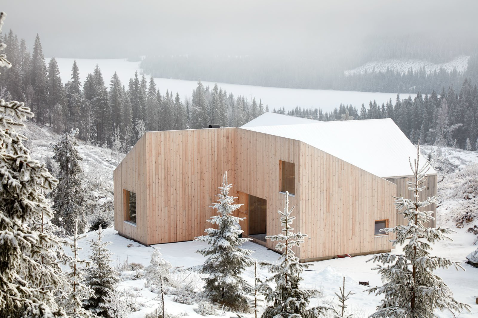 Mylla Hytte by Mork Ulnes Architects