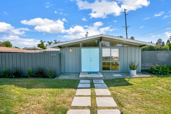 A Midcentury California Ranch by Cliff May Is Listed For $720K