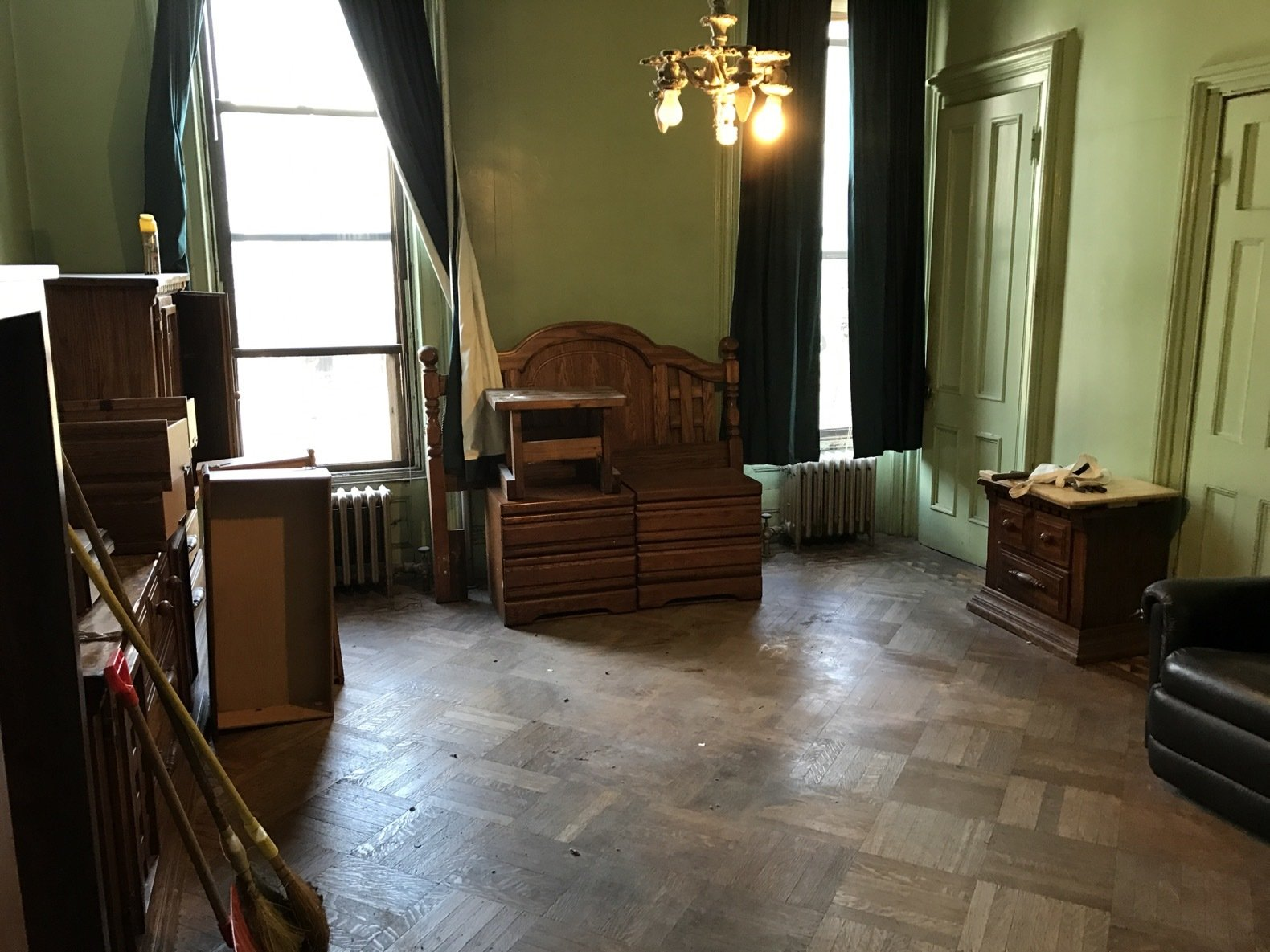 """The lime-green office required a new paint job and a complete redesign of its layout to better accommodate the master bath next door.   Search """"limegreen"""" from Before & After: A 19th-Century Brooklyn Brownstone Is Saved From Utter Disrepair"""