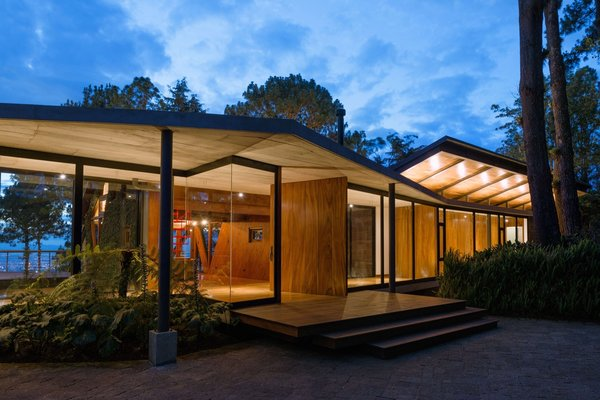 Ample glazing allows for views straight through the structure.
