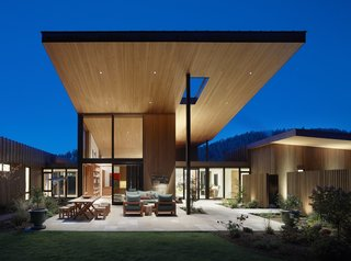 Tapped by art collectors to design an inspirational residence in rural Montana, Jackson Hole–based Carney Logan Burke Architects crafted a modern house that frames the property's extraordinary landscape views.