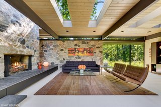 Own a Midcentury Gem by a Frank Lloyd Wright Disciple For $1.2M