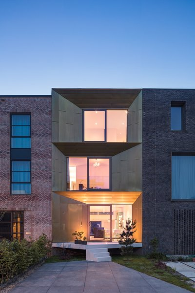 """""""Balconies on the front and rear façades ensure a coherence between inside and outside. Its geometric expression strengthens the plasticity of the facades,"""" adds the firm."""