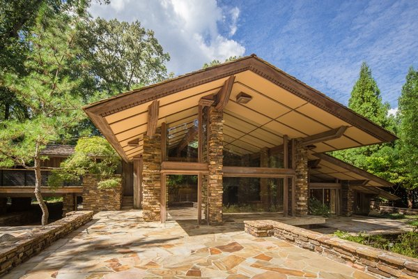 A Midcentury Masterpiece by E. Fay Jones Hits the Market at $1.8M