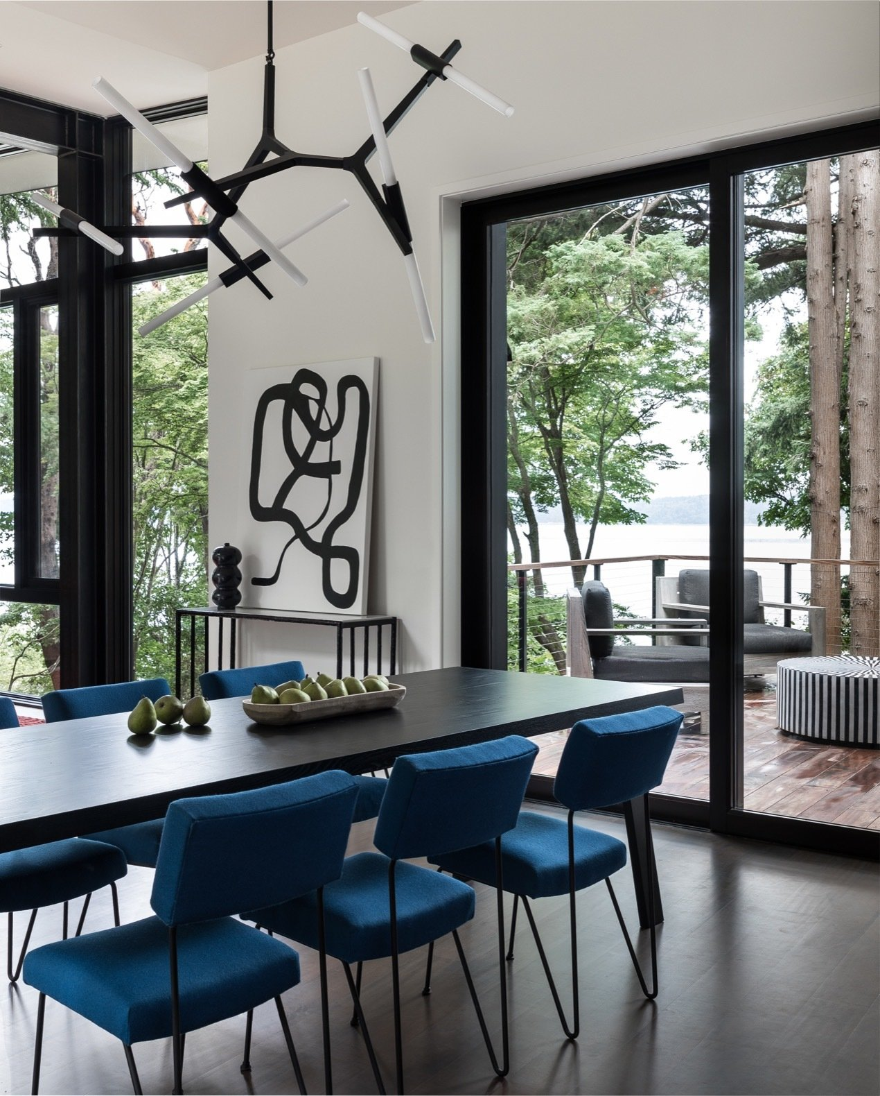 DeForest Architects Tree House dining room