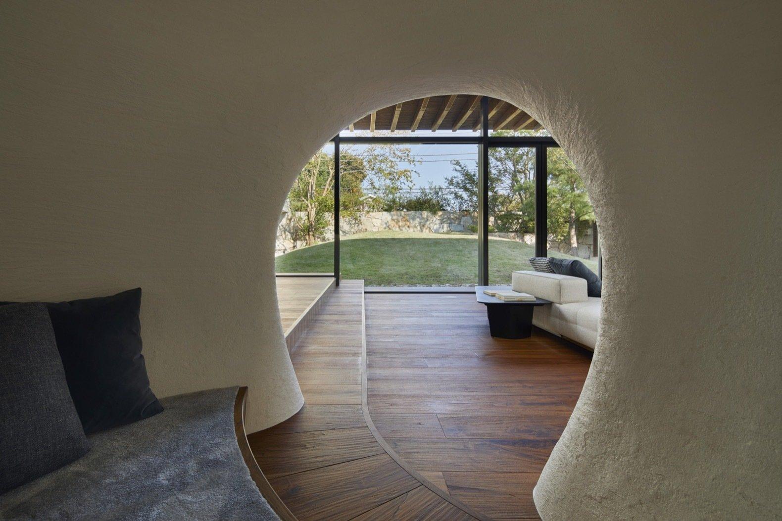 Lath House cave-like nook