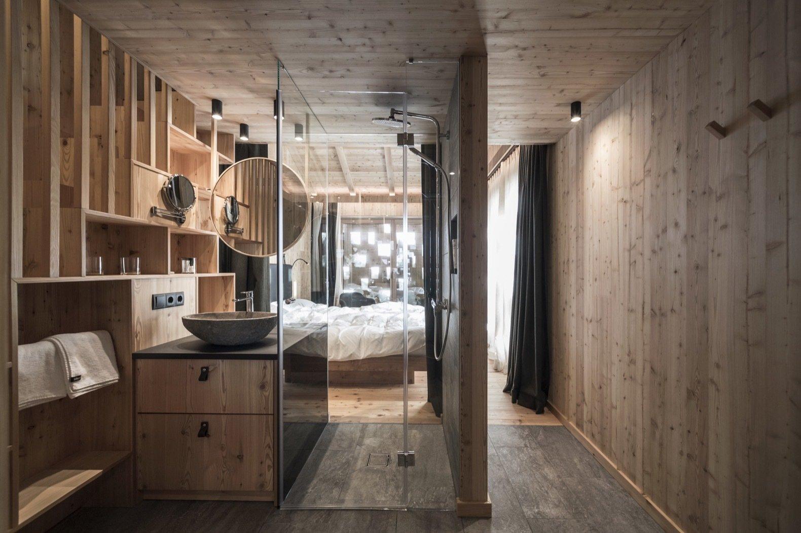 Zallinger Alpine Retreat bedroom