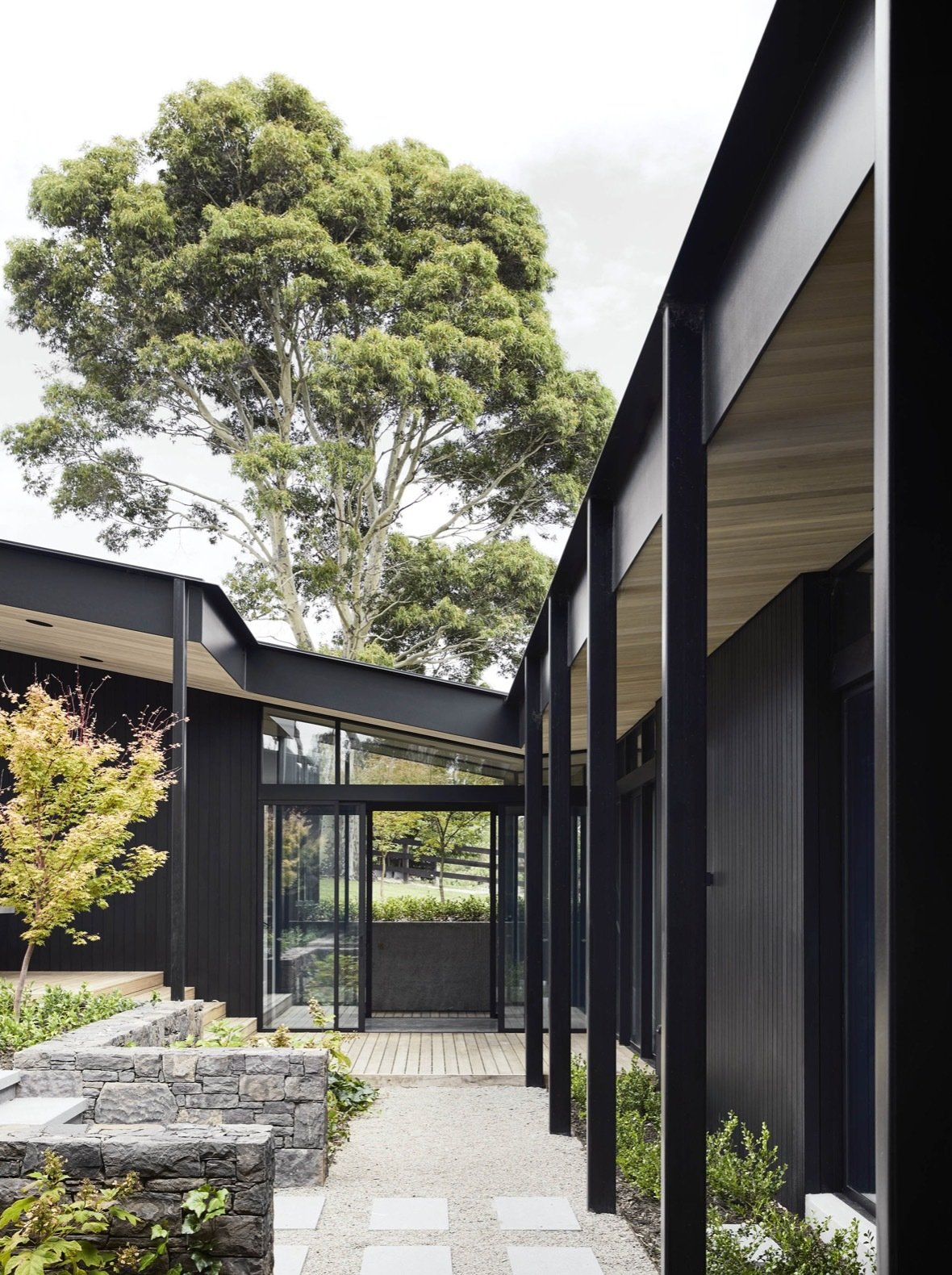 Red Hill Farm House blackened timber pavilions