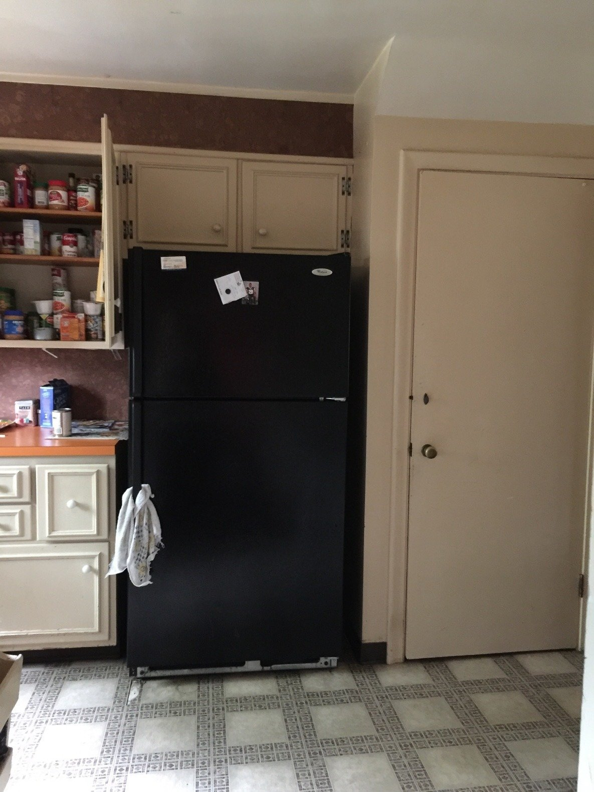 Before: Louise Avenue kitchen